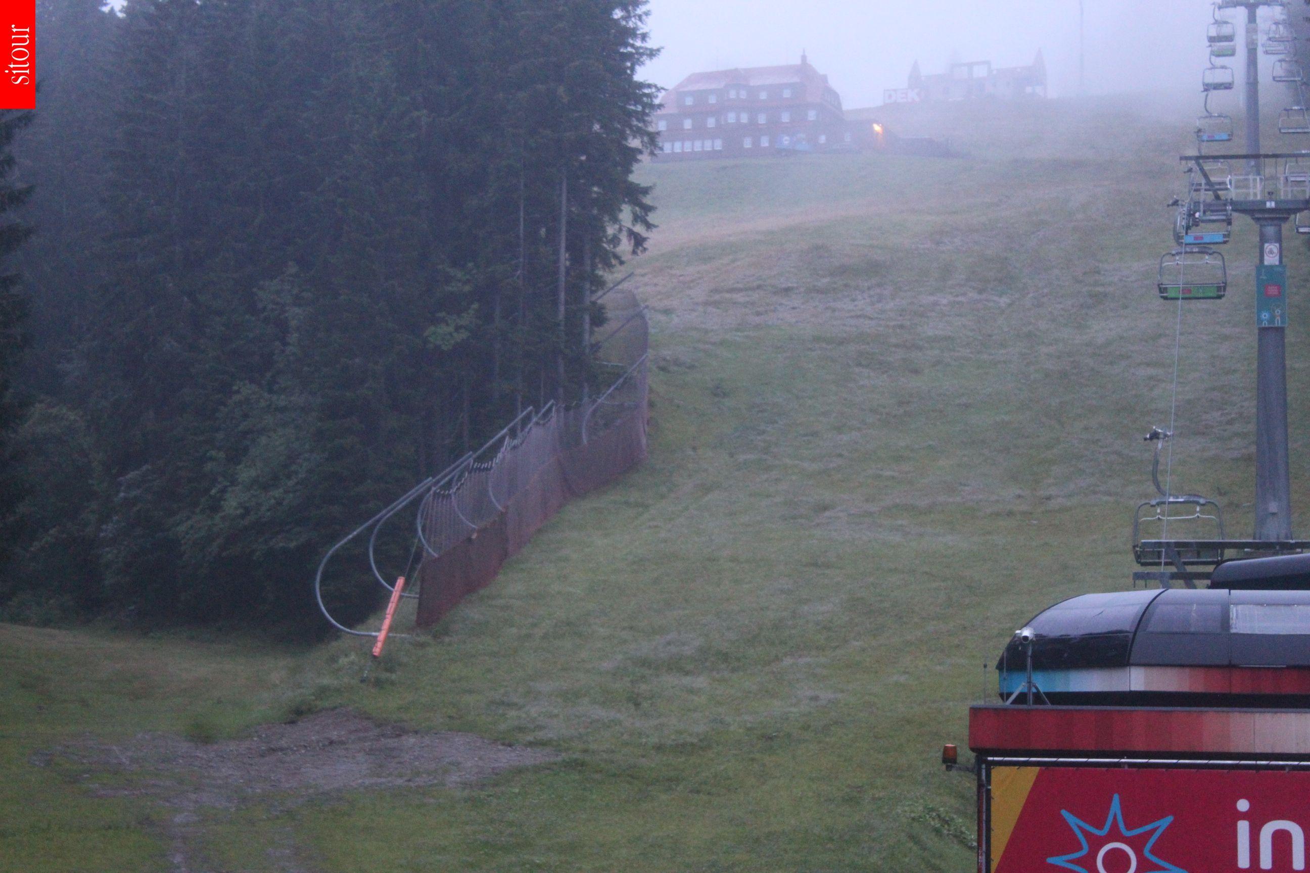 Webcam Skigebied Pec pod Snezkou Zahradky - Reuzengebergte