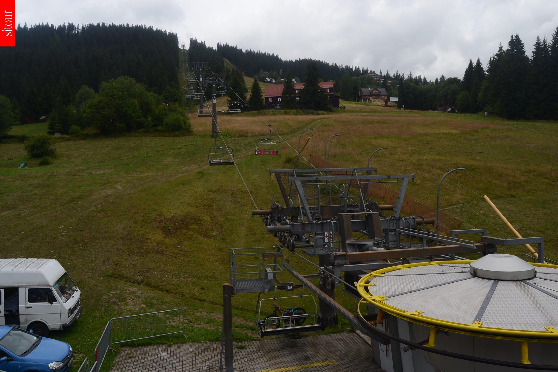Webcam Ski Resort Pec pod Snezkou Hnedy Vrch - Giant Mountains